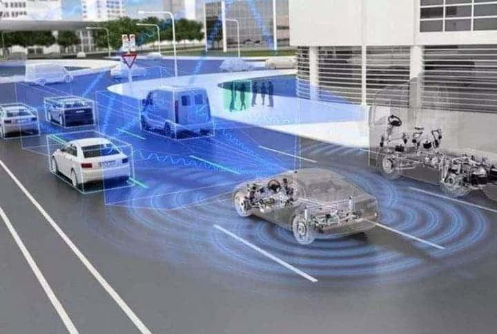 автономно шофиране забавяне латентност 5G 1 ms