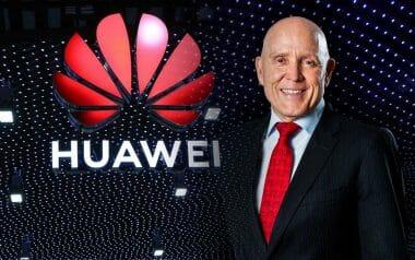 Ексклузивно видео: Техническият директор на Huawei - Пол Сканлан говори за това, как компанията ще промени живота Ви.