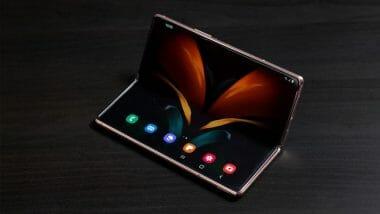Galaxy Z Fold 3 с камера под екрана