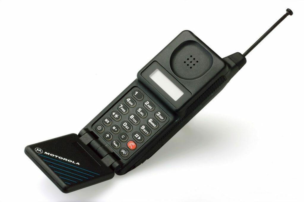 Motorola MicroTac (1989)