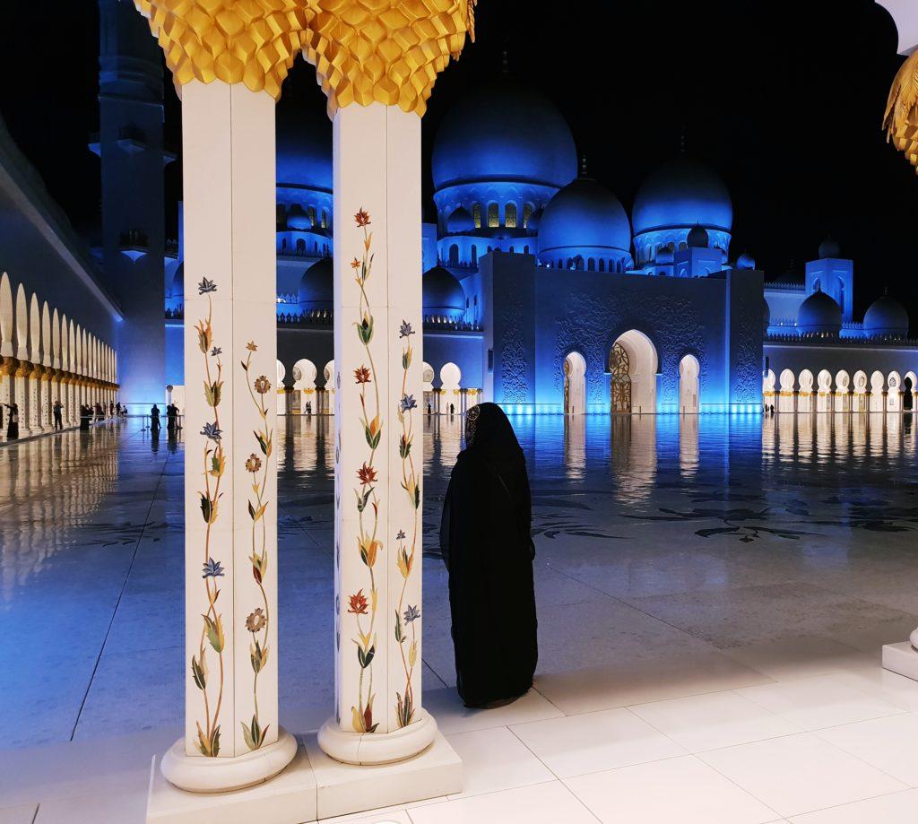 """Джамия """"Шейх Зайед"""", Абу Даби,  ОАЕ - мобилна фотография на Томислав Борисов, заснета на 28 ноември 2018г. със Samsung Galaxy S9+"""